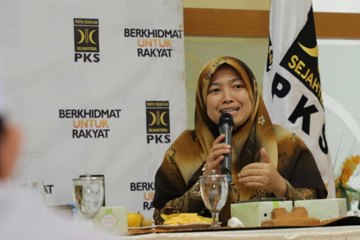 Anggota FPKS DPR RI Kurniasih Mufidayati